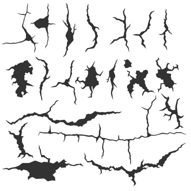 ilustrações, clipart, desenhos animados e ícones de conjunto de trincas de parede escuro, isolado no fundo branco. fratura realista na parede. ilustração de fissura colapso quebrado - texturas de riscos