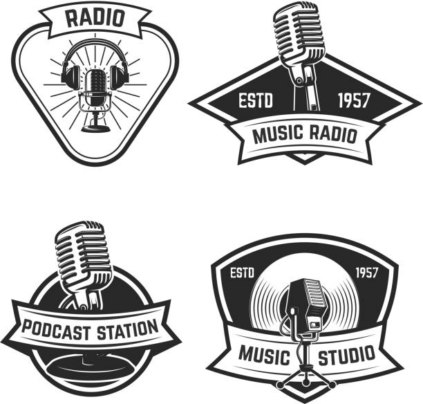 Royalty Free Vintage Radio Clip Art, Vector Images ...