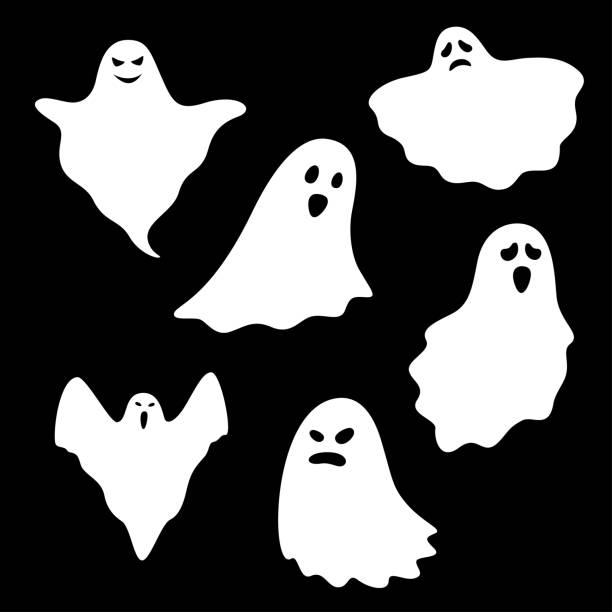 ilustraciones, imágenes clip art, dibujos animados e iconos de stock de conjunto de caracteres fantasma sobre fondo negro, ilustración vectorial - aparición conceptos