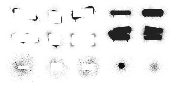 zestaw ręcznie rysowanych ramek do malowania w sprayu i banerów tekstowych. airbrush atramentu dot box. grunge tle. wektor izolowana ilustracja. - brudny stock illustrations