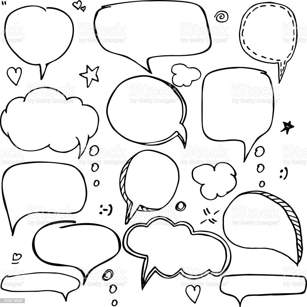 Set of hand drawn think and talk speech bubbles. - ilustración de arte vectorial