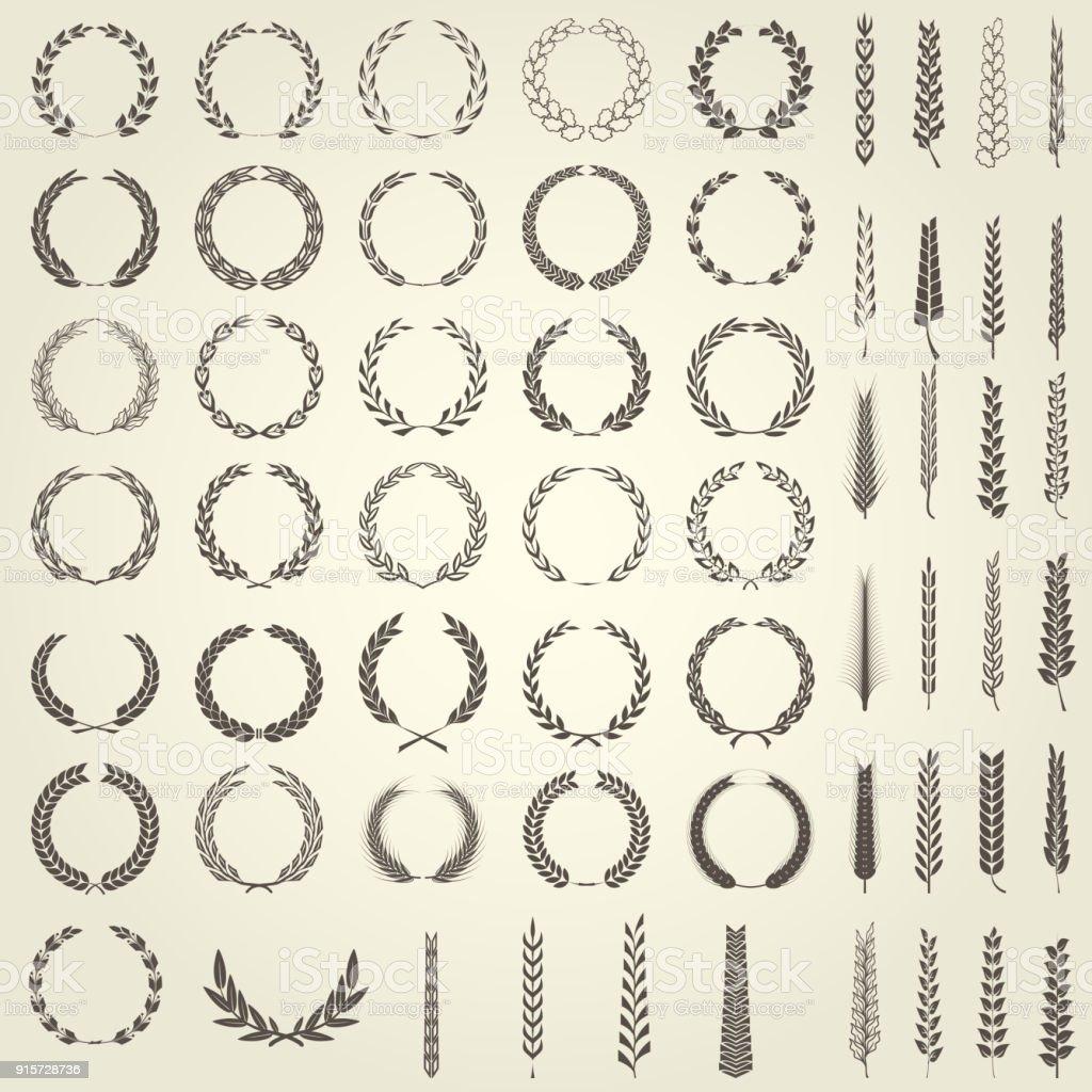 Satz von Lorbeerkränze und Ähren in heraldischen Stil – Vektorgrafik