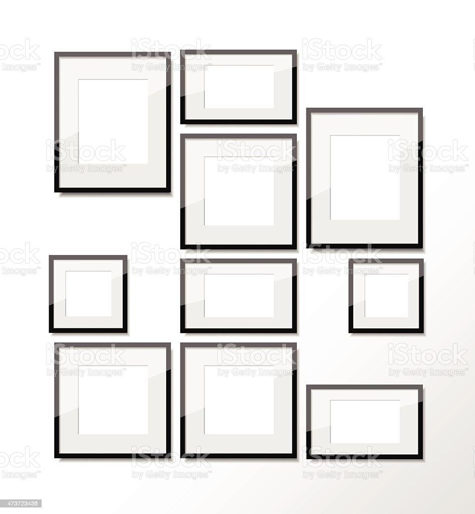 ensemble de plusieurs cadres de diff rentes tailles sur le mur cliparts vectoriels et plus d. Black Bedroom Furniture Sets. Home Design Ideas