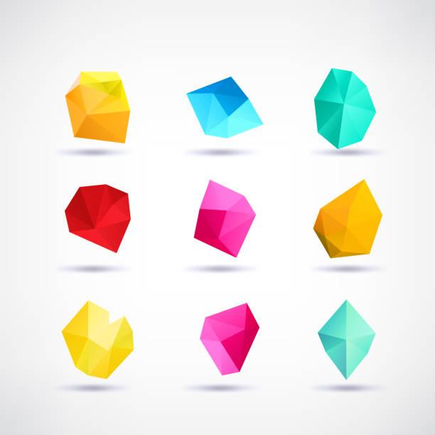 stockillustraties, clipart, cartoons en iconen met set van minimale geometrische multicolor laag poly-vormen. trendy veelhoekige pictogrammen en logo's. zakelijke ondertekent symbolen, etiketten, insignes, kaders en randen - veelvlakkig