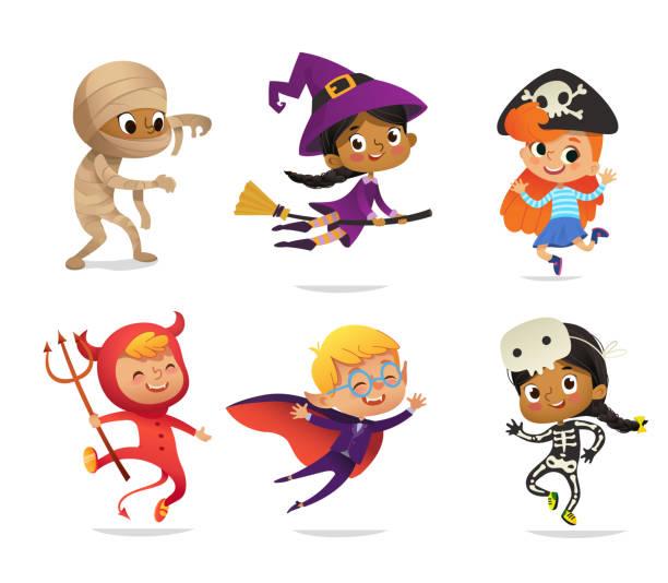 stockillustraties, clipart, cartoons en iconen met set multiraciale jongens en meisjes, het dragen van halloween kostuums geïsoleerd op een witte achtergrond. cartoon vector tekens van kid heks, piraat, dracula, duivel, skelet, mummy, voor party, web, mascotte - kostuum