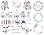 ボヘミアン スタイル内のオブジェクトのセットです。花の花輪、テラリウム、矢印、頭蓋骨。