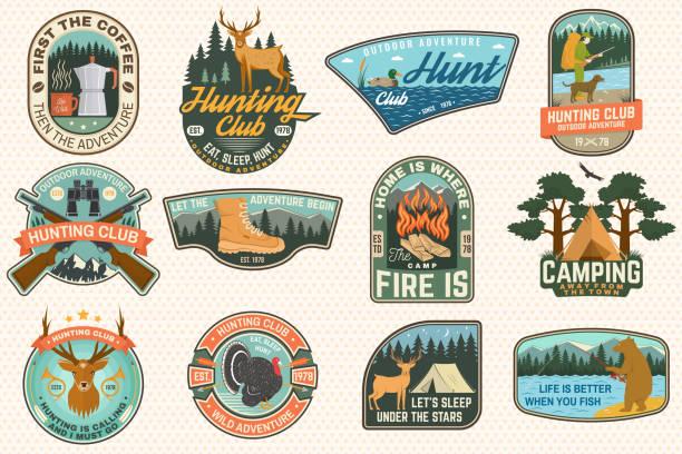 bildbanksillustrationer, clip art samt tecknat material och ikoner med uppsättning av utomhus äventyr citat och jaktklubb patchar. vektor. koncept för skjorta, logotyp, tryck, patch. patch design med vandringskängor, berg, fiske björn, rådjur, tält, hunter silhouette - rovdjur