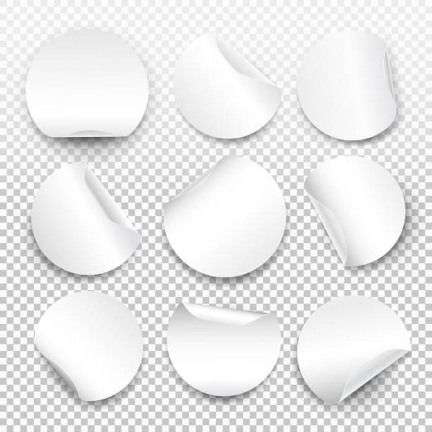 ilustrações, clipart, desenhos animados e ícones de conjunto de modelo de etiqueta de papel redondo com dobrada com sombra translúcida. bandeira de web. elemento para publicitários e promocional mensagem isolada em fundo transparente. vetor para seu projeto - tag