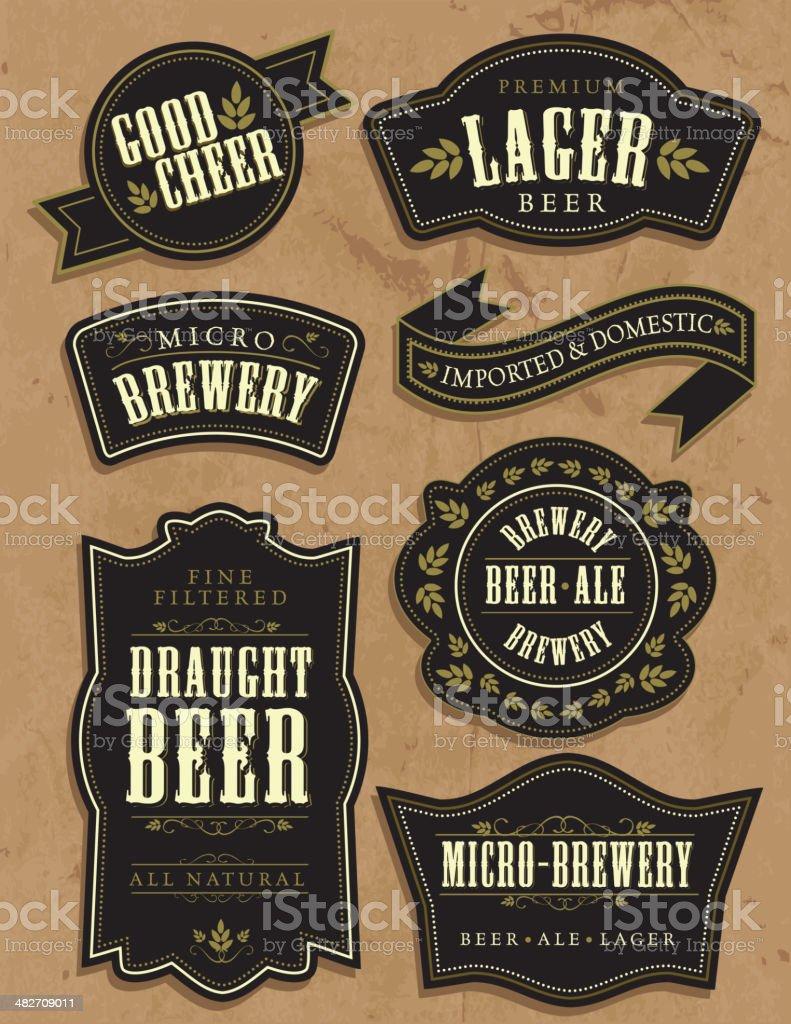 Ensemble de sept bière rétro étiquettes vintage avec exemple de texte - Illustration vectorielle