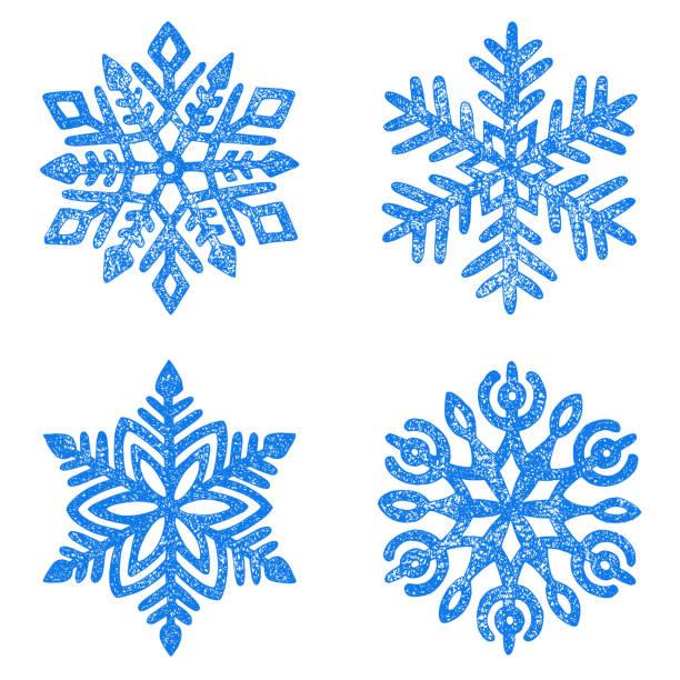 stockillustraties, clipart, cartoons en iconen met set van sneeuwvlokken getekend in potlood. nieuwjaar en kerstkaart. - snowflakes