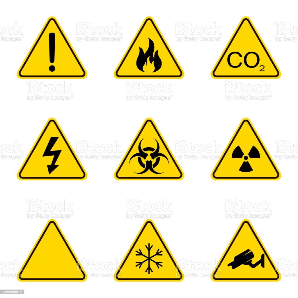Ilustración de Conjunto De Señales De Advertencia Triángulo Icono De ...