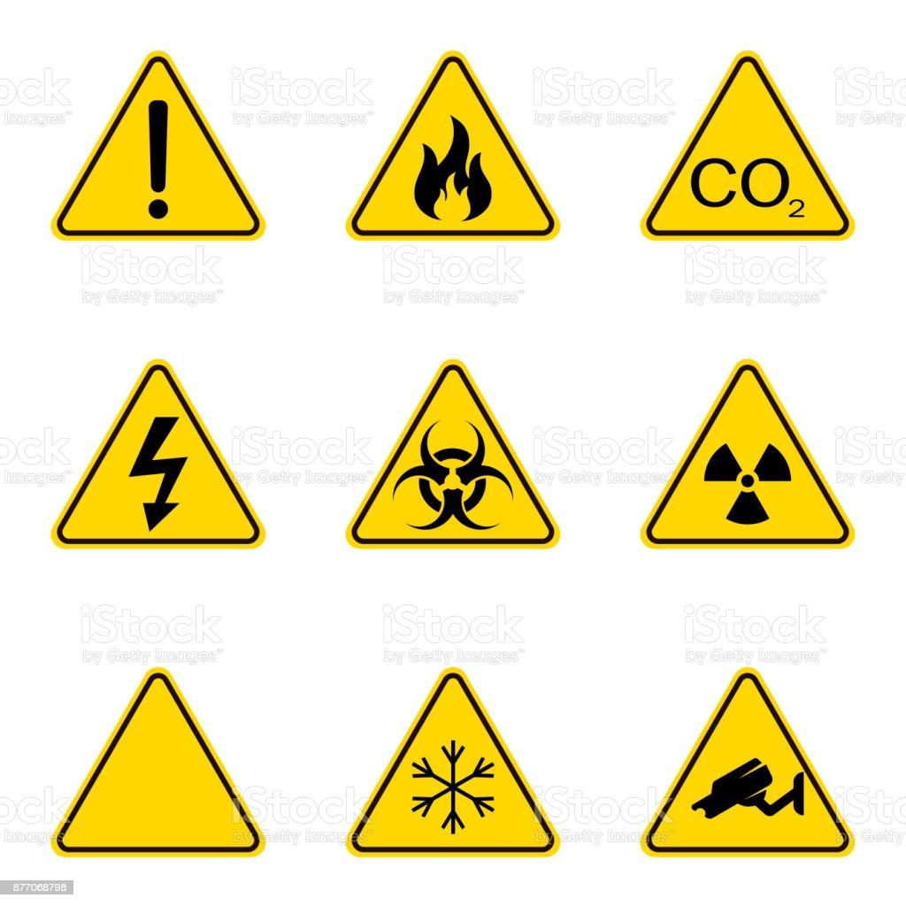 1d30529a38284 Conjunto de señales de advertencia triángulo. Icono de advertencia  roadsign. Señal de peligro-