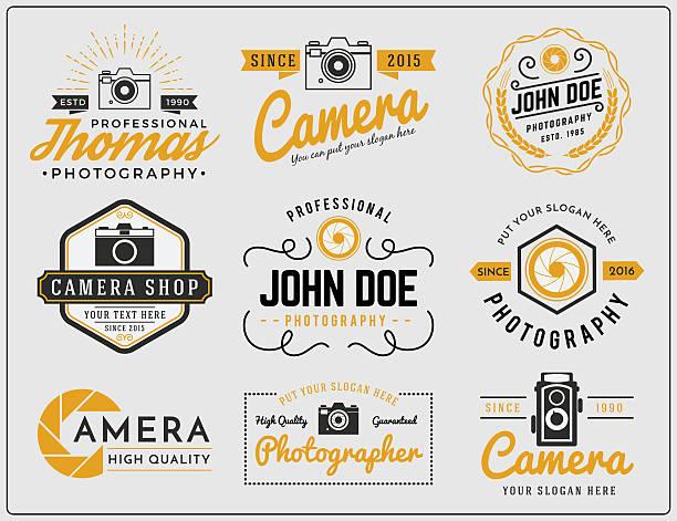 두 개의 동작음 색상 사진학 및 카메라 서비스 로고 - 사진 테마 stock illustrations