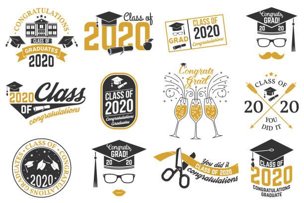 ilustraciones, imágenes clip art, dibujos animados e iconos de stock de conjunto de insignias de clase vectorial de 2020. concepto para camisa, impresión, sello, superposición, sello, saludo, tarjeta de invitación. diseño tipográfico- vector de stock. - graduación