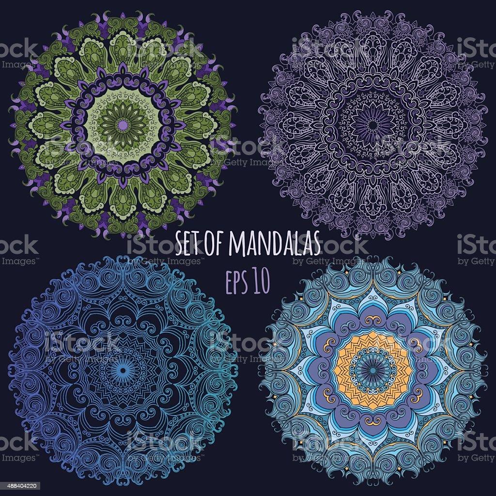 一連のベクターカラーの曼荼羅の暗い背景ます。 ベクターアートイラスト