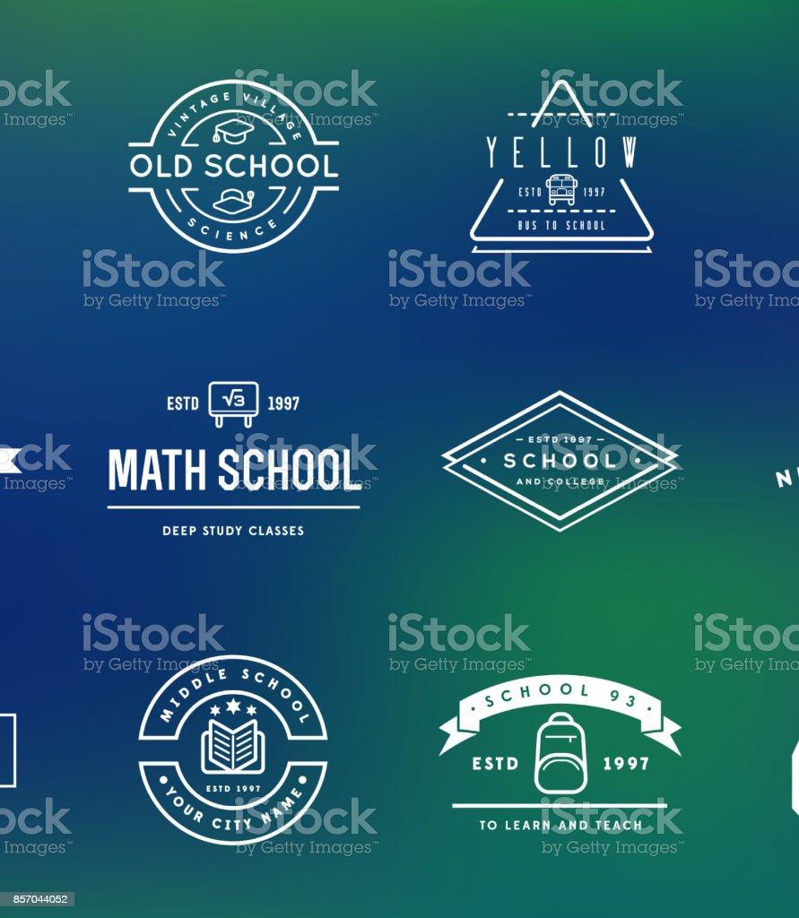 Satz von Vector School oder College-Identity-Elemente kann als Symbol oder in Premium-Qualität verwendet werden – Vektorgrafik