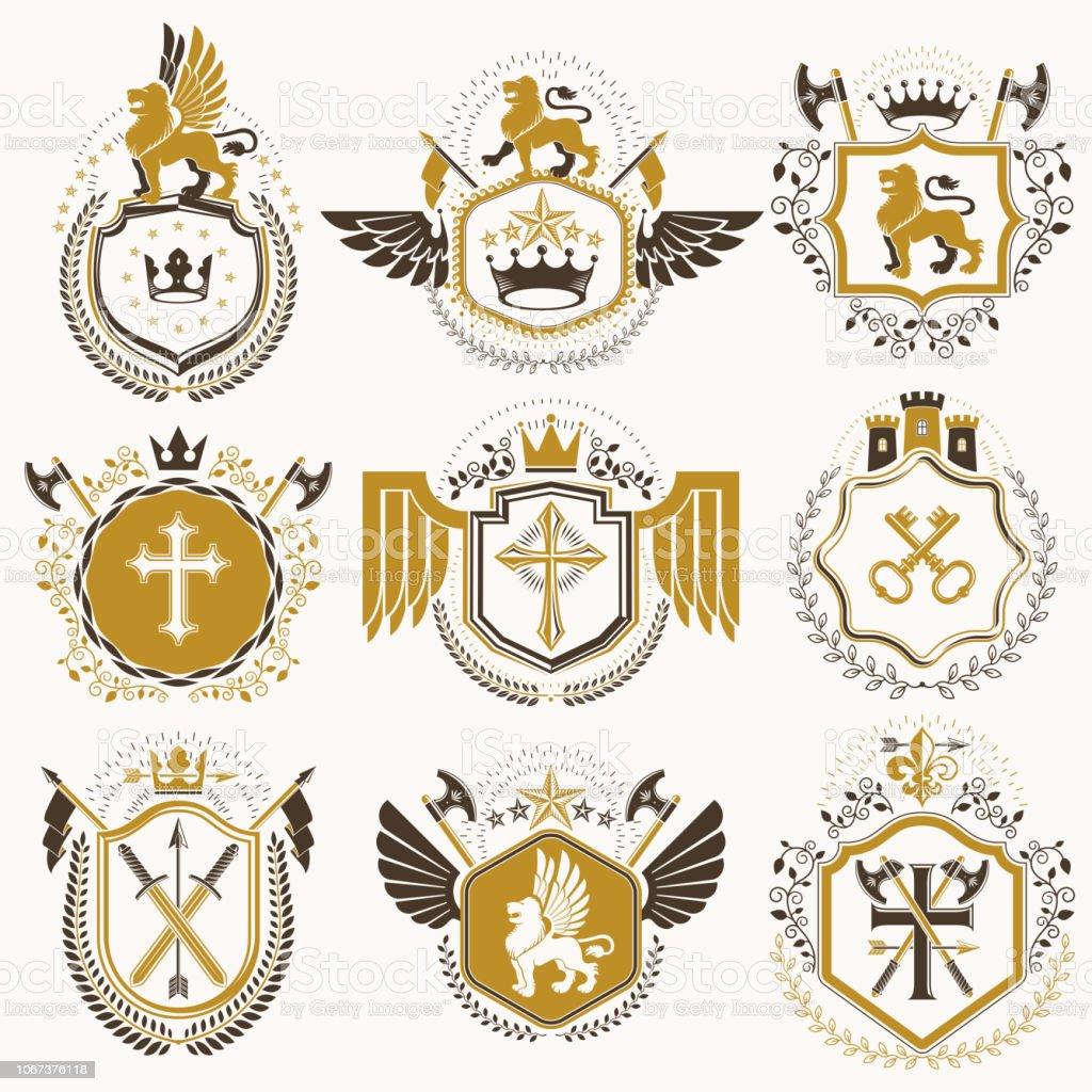 Conjunto de elementos vintage vector, rótulos de heráldica estilizados em design retro. Coleção de ilustrações simbólico composto com fortalezas medievais, coroas de monarca, cruzes e Arsenal. - ilustração de arte em vetor