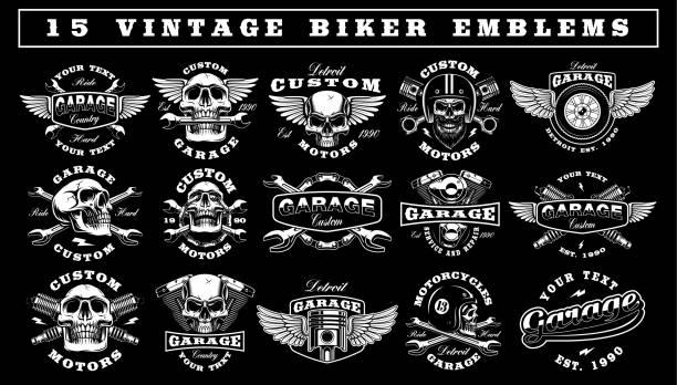 bildbanksillustrationer, clip art samt tecknat material och ikoner med uppsättning av vintage biker emblem - motorcyklist