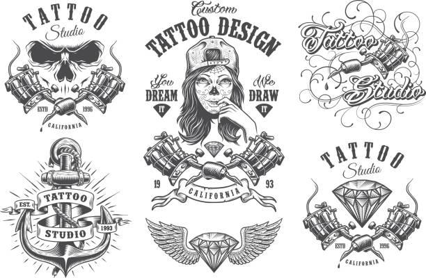 ilustrações, clipart, desenhos animados e ícones de conjunto de emblemas vintage tatuagem - tatuagens de caveira
