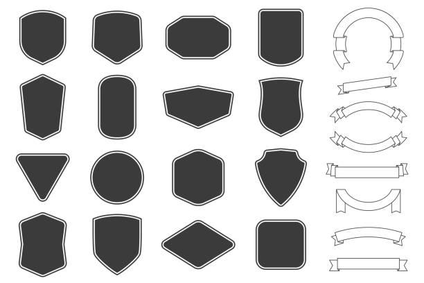 zestaw etykiet vitage, kształt odznak i kolekcje baner wstążki. wektor. czarny szablon dla poprawek, insygniów, nakładek. - przypinka stock illustrations