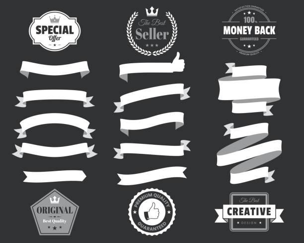 satz von weißen bändern, fahnen, abzeichen, etiketten - design-elemente auf schwarzem hintergrund - kreide weiss stock-grafiken, -clipart, -cartoons und -symbole