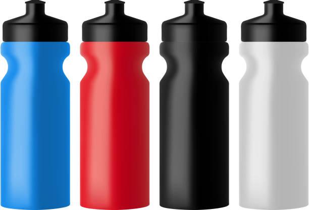 illustrations, cliparts, dessins animés et icônes de feu réaliste des bouteilles d'eau - bouteille d'eau