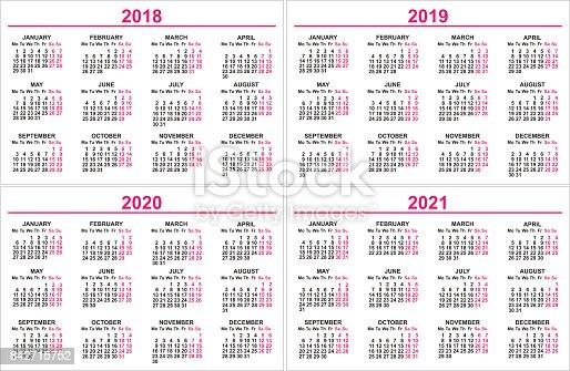 壁カレンダー 2018 年2019 年 2020 年 2021年グリッド テンプレートを設定します 2018年の
