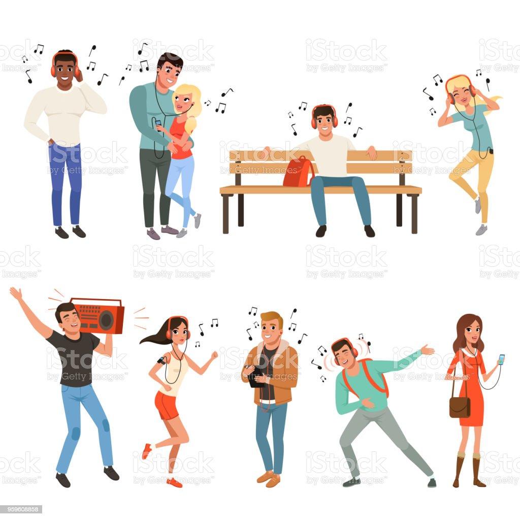 Set mit Menschen Musik hören. Junge Burschen und Mädchen mit Kopfhörern, Smartphones, Plattenspieler. Flache Vektor-design – Vektorgrafik