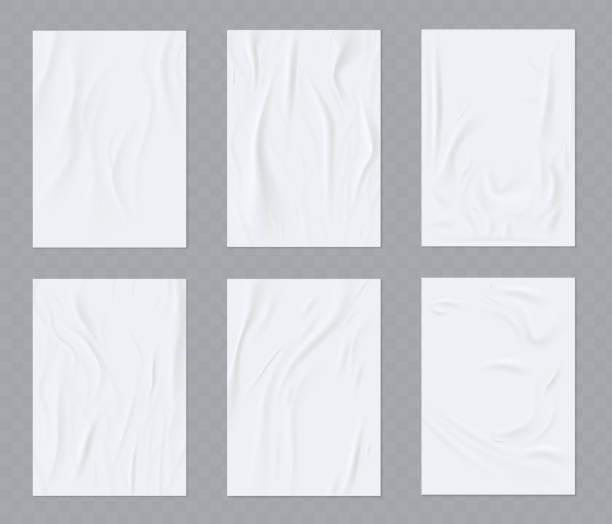 단정치 못한 종이 한 장. 벽에 붙어 포스터 또는 전단지주름 종이 벡터 현실적인 템플릿.  벡터 세트 - 주름 stock illustrations
