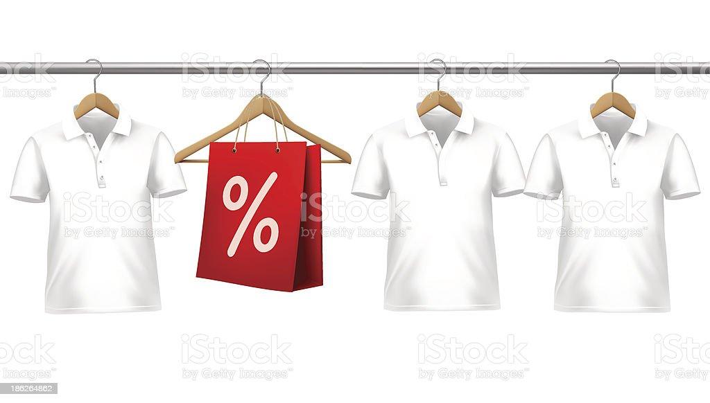 Hemden Mit Preis Etiketten Hängen Am Bügel Stock Vektor Art und mehr ...
