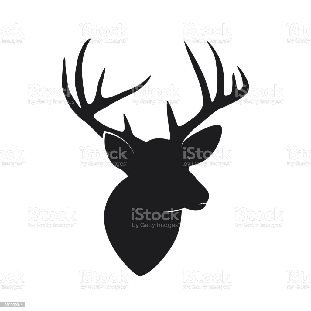 silhouette de tête de cerf avec des bois isolés sur fond