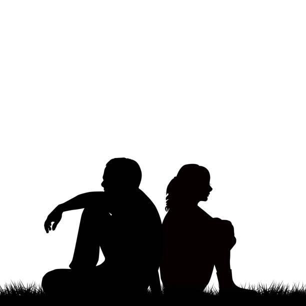stockillustraties, clipart, cartoons en iconen met silhouetten van triest paar vergadering rug aan rug - echtgenote