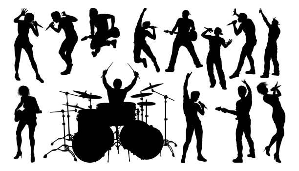 stockillustraties, clipart, cartoons en iconen met silhouetten rock of pop band muzikanten - zanger