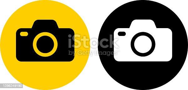 istock Simple Photo Camera Icon 1256249190