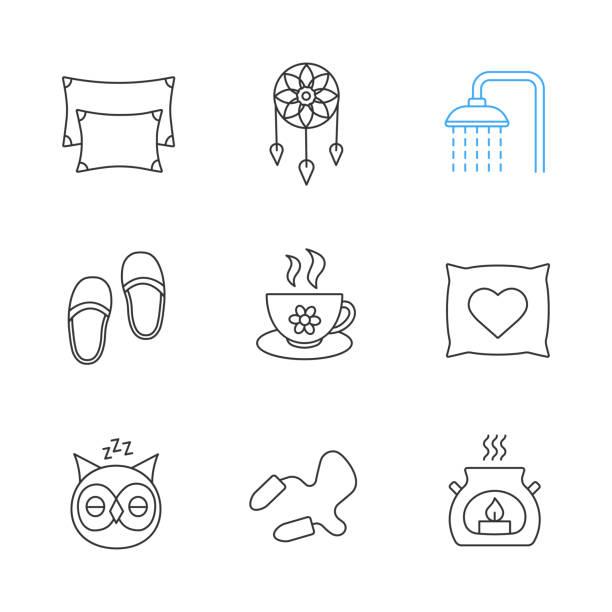 schlafen zubehör symbole - herzkissen stock-grafiken, -clipart, -cartoons und -symbole