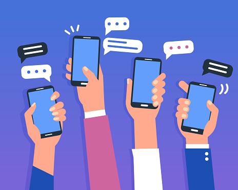 Smartphones-vektorgrafik och fler bilder på Använda telefon