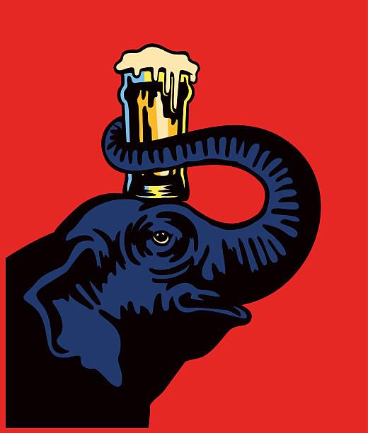 lächelnd elephant holding bier in pint glas auf kopf mit schnauze - elefantenkunst stock-grafiken, -clipart, -cartoons und -symbole
