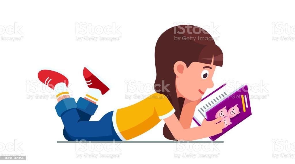 Lächelnde Mädchen schulkind auf Boden Buch über drei Schweine. Entwicklung und Literatur Kindererziehung. Flache Vektor-Cliparts-Illustration. – Vektorgrafik