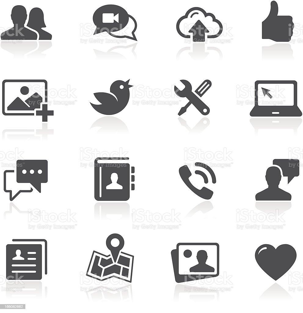 Ícones de redes sociais - Royalty-free A usar um telefone arte vetorial