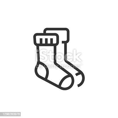 istock Socks Line Icon 1296283978