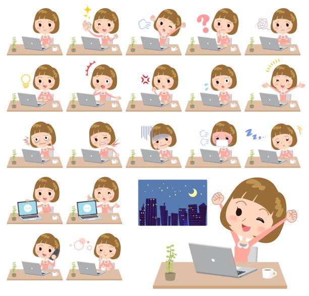 まっすぐ前髪の髪ピンク ブラウス women_desk 作業 - 大学生 パソコン 日本点のイラスト素材/クリップアート素材/マンガ素材/アイコン素材