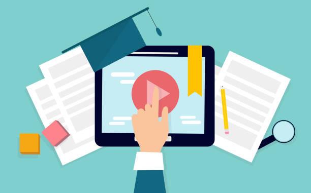 student hand klicken auf digitalen tablet-bildschirm, studieren online - tablet mit displayinhalt stock-grafiken, -clipart, -cartoons und -symbole