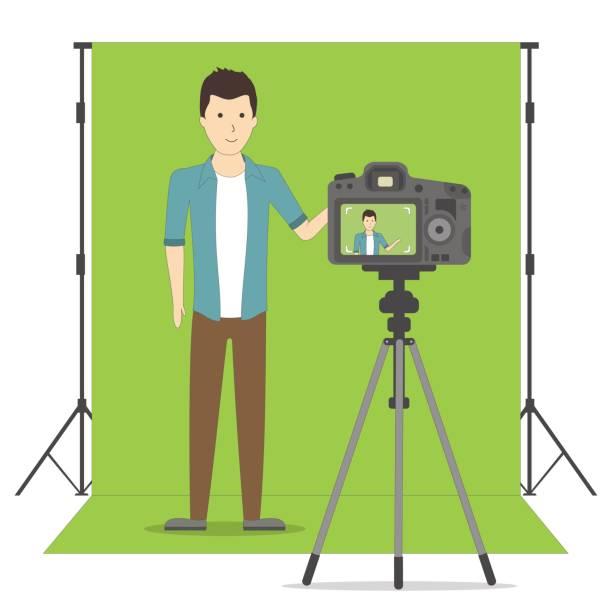 stockillustraties, clipart, cartoons en iconen met studio blog opname op chroma key achtergrond. - green screen