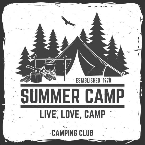 sommer-camp. vektor-illustration. konzept für hemd oder symbol, drucken, stempel oder abschlag - zeltausrüstung stock-grafiken, -clipart, -cartoons und -symbole
