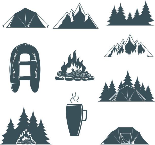 sommercamp mit design-elementen. camping und outdoor abenteuer. vektor - campinganhänger stock-grafiken, -clipart, -cartoons und -symbole