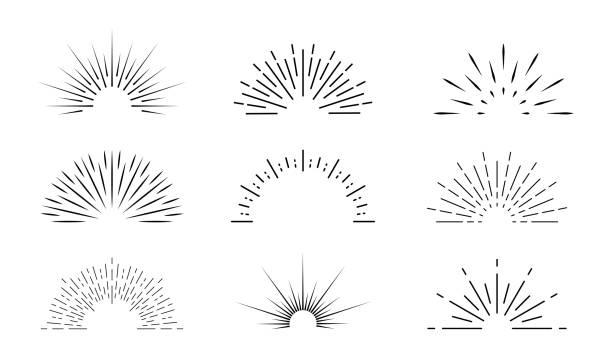 bildbanksillustrationer, clip art samt tecknat material och ikoner med sunburst-ikonen. solen sprack av linjer. retro logotyp halv cirkel med radialstrålar. grafisk explosion av solsken ljus. starburst med soluppgång. vintage element och gnistor för abstrakt design. vektor - sun