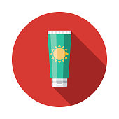 istock Sunscreen Flat Design Summer Icon with Side Shadow 969223076