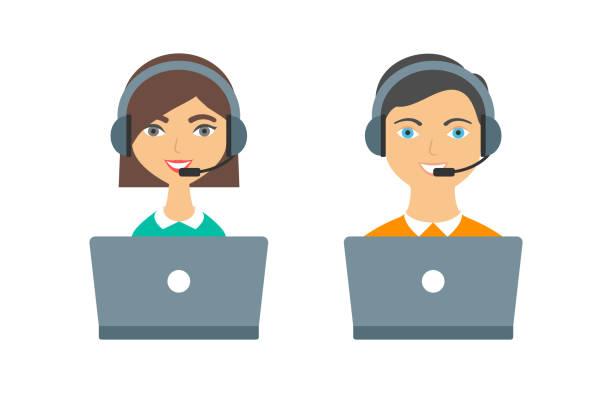 illustrations, cliparts, dessins animés et icônes de support, appelez centre opérateurs femme et homme avec casque et ordinateurs portables - centre d'appels