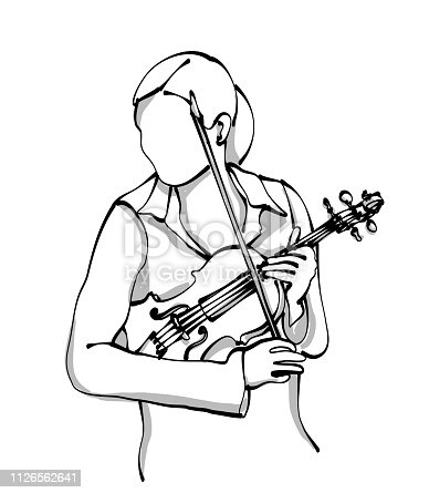 female violonist holding her instrument and getting ready to play
