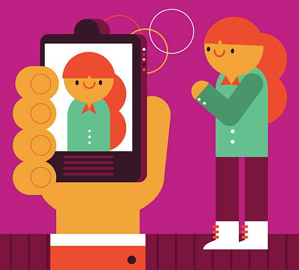 illustrazioni stock, clip art, cartoni animati e icone di tendenza di scattare una foto - woman chat video mobile phone